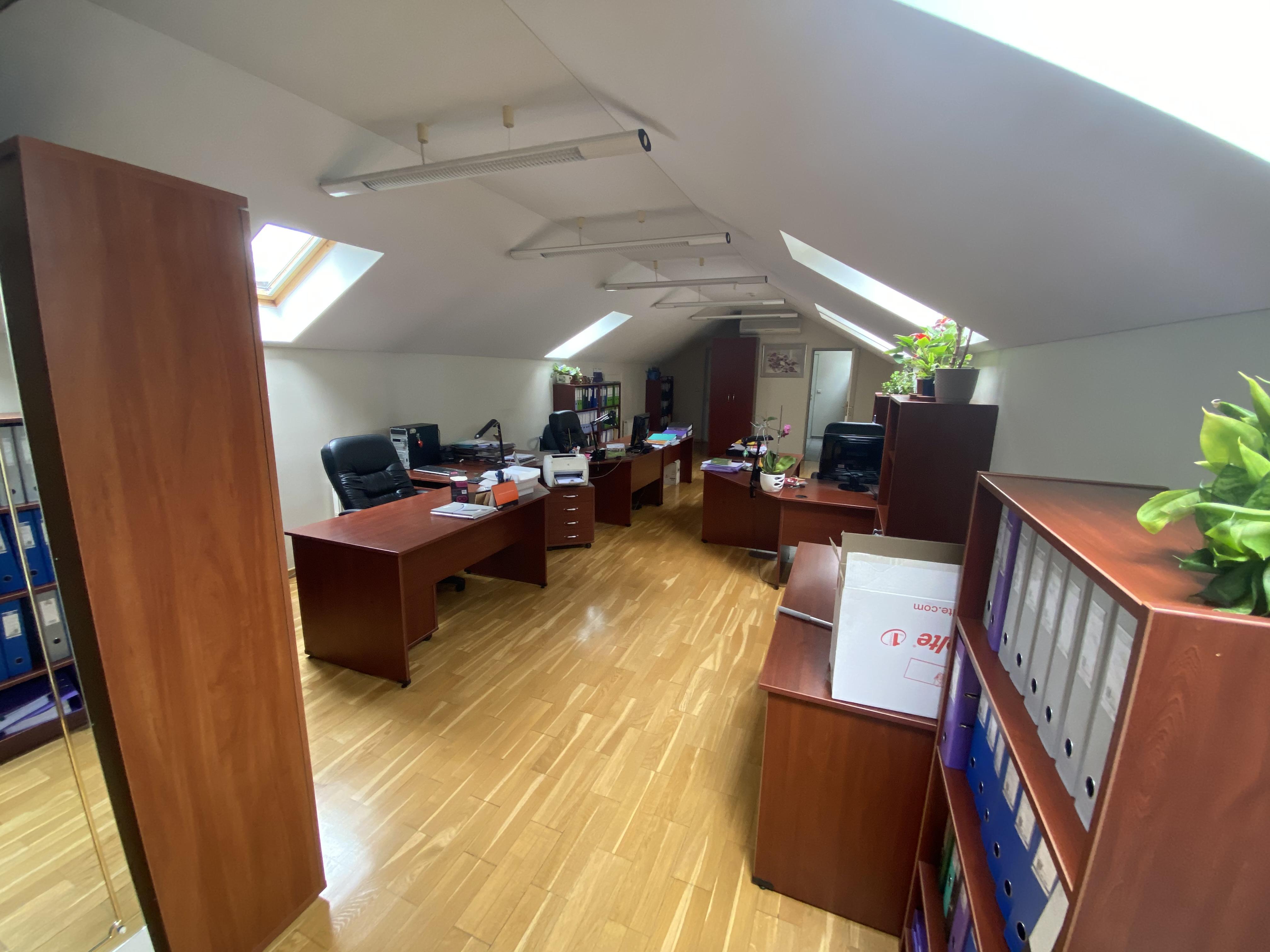 Iznomā biroju, Meierovica bulvāris iela - Attēls 1