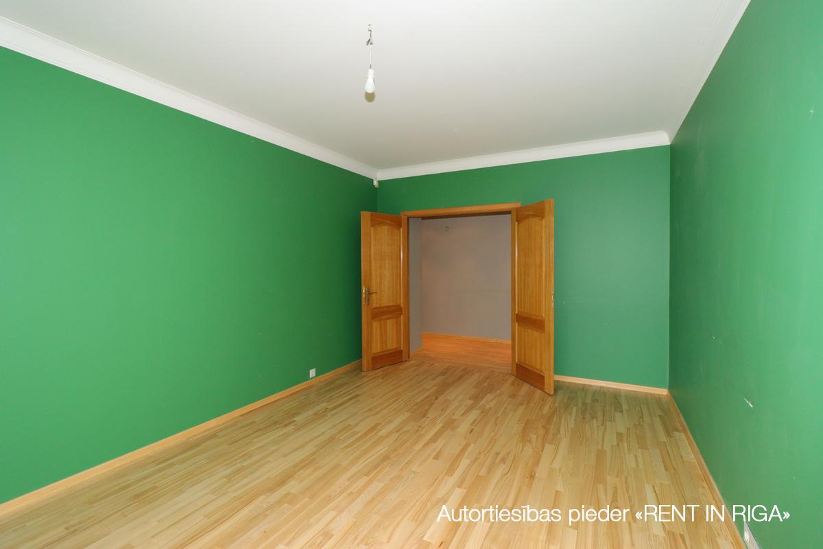 Izīrē dzīvokli, Skolas iela 30 - Attēls 1