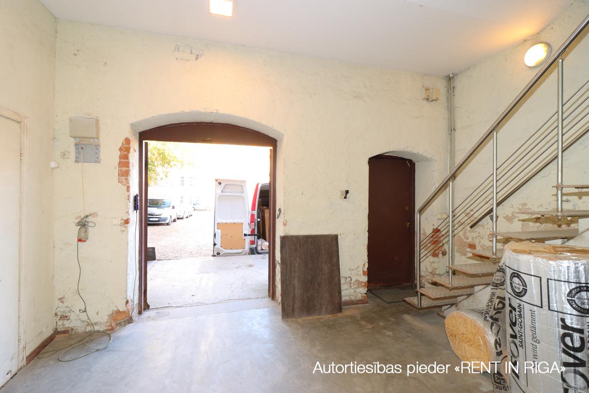 Pārdod namīpašumu, Puškina iela - Attēls 1