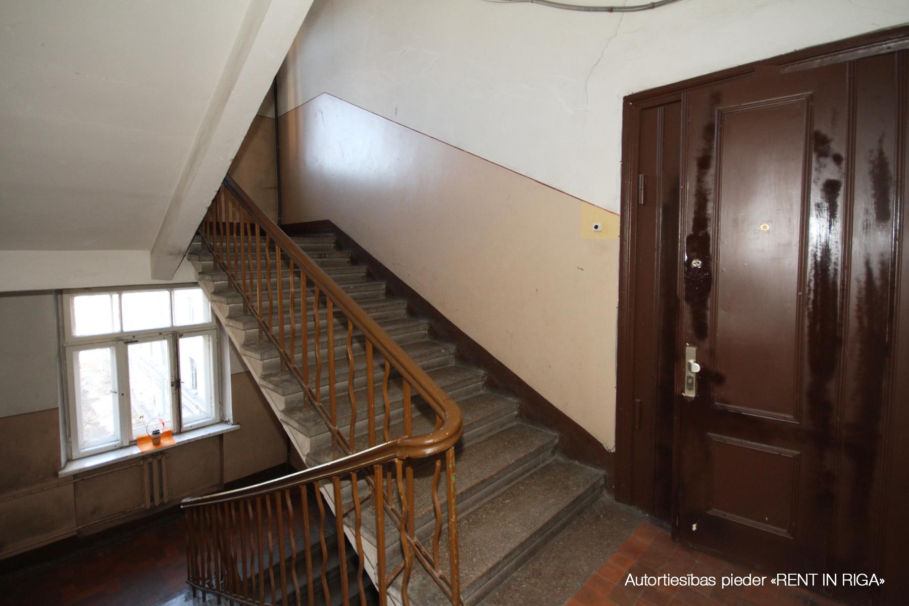 Pārdod dzīvokli, Puškina iela 19 - Attēls 1