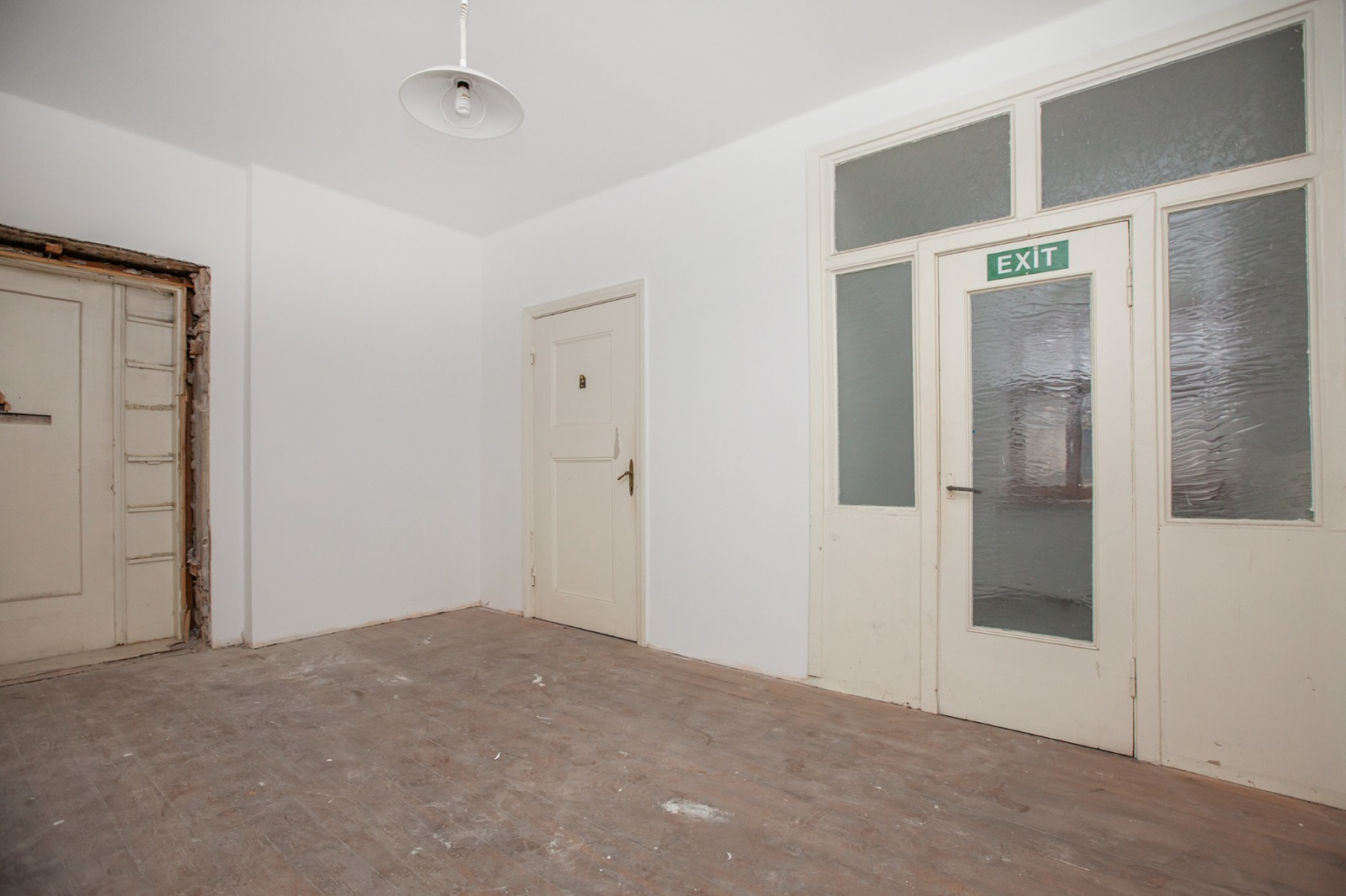 Pārdod dzīvokli, Miera iela 5 - Attēls 1