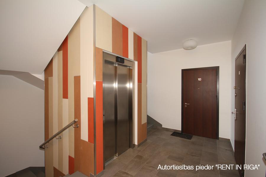 Izīrē dzīvokli, Staraja Rusas iela 8 - Attēls 1