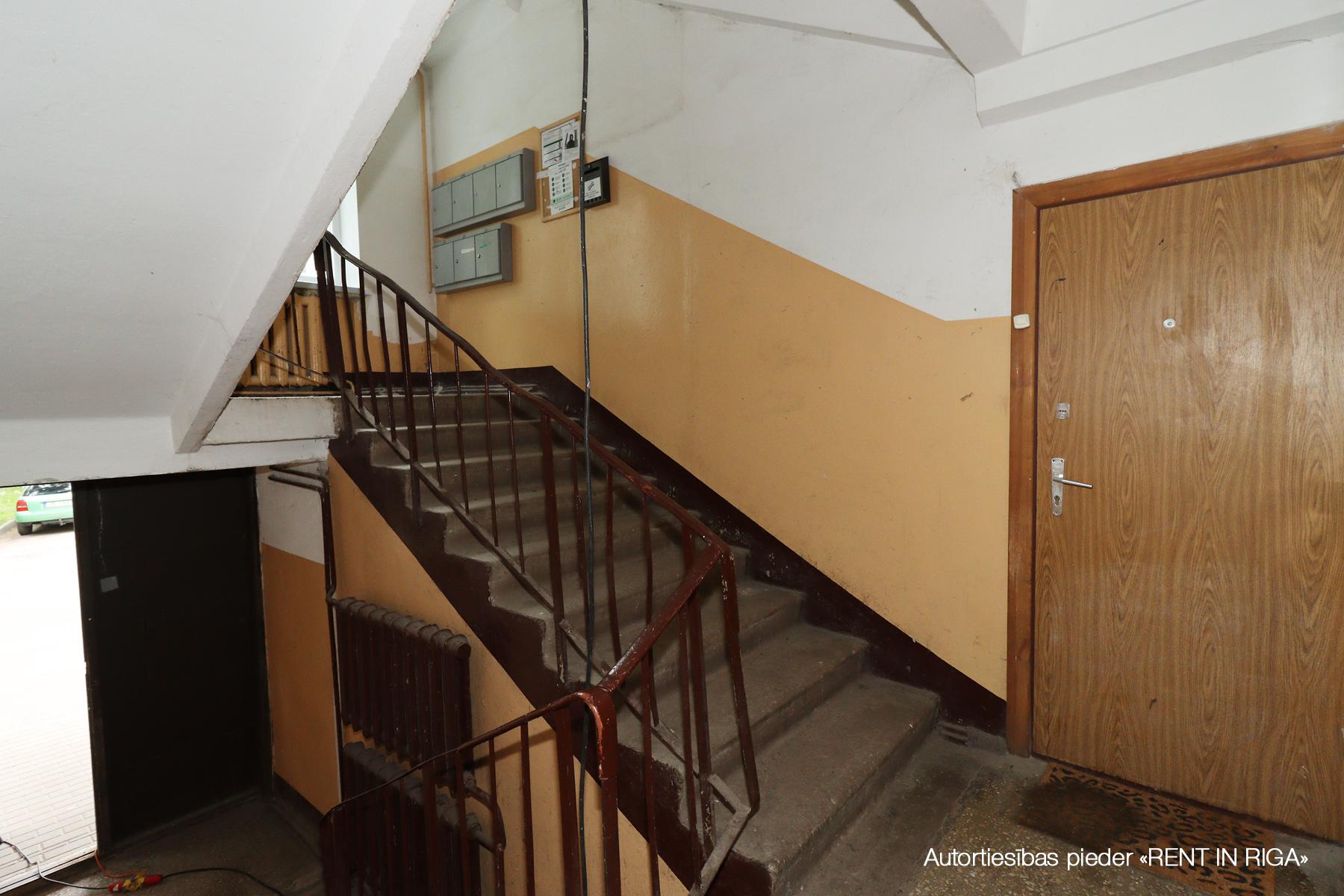 Pārdod dzīvokli, Jelgavas iela 7 - Attēls 1