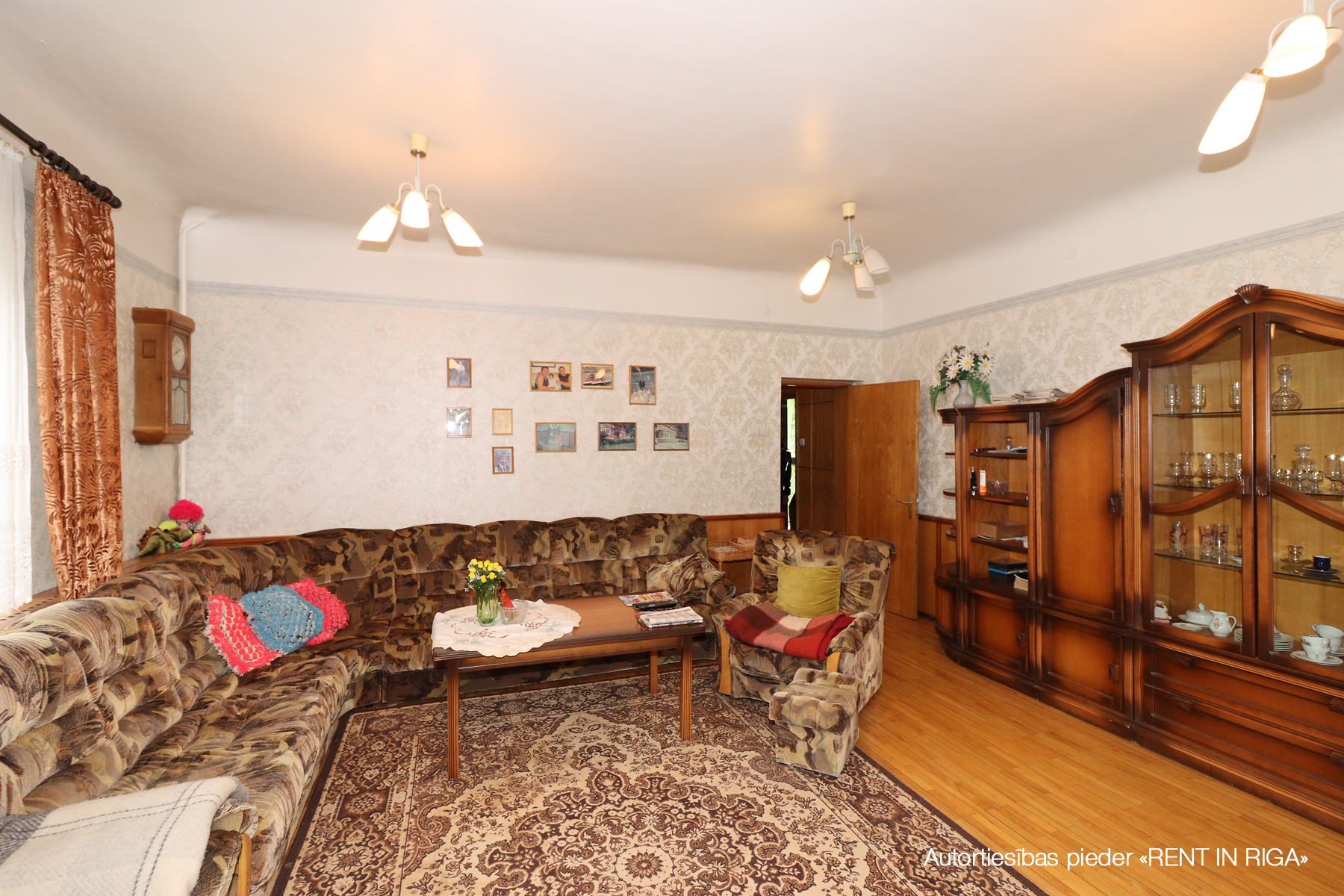 Pārdod māju, Vanagu iela - Attēls 1
