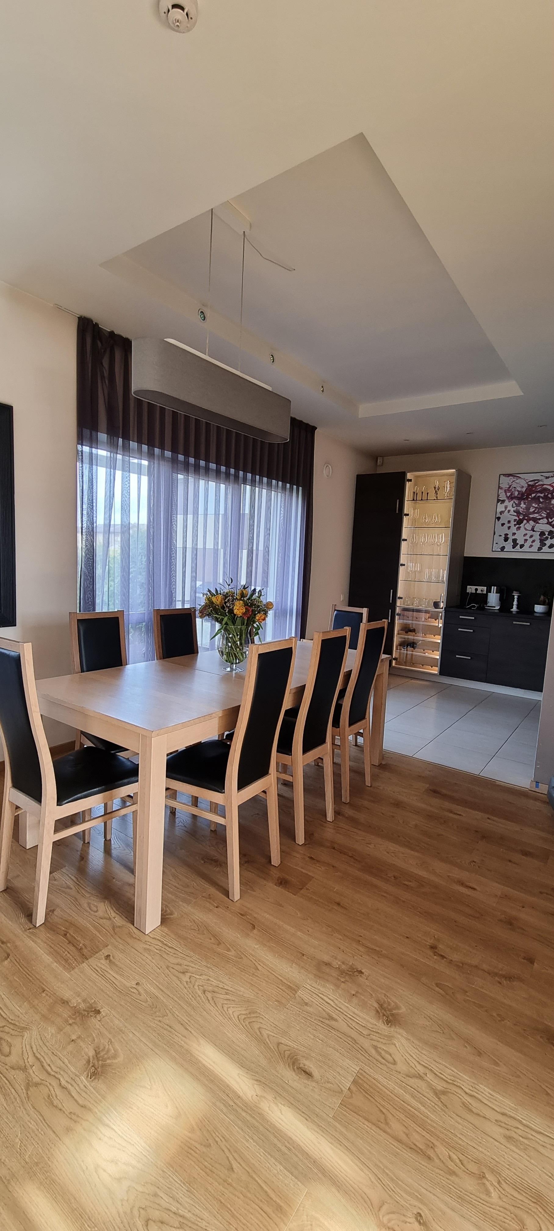 Pārdod māju, Vīnkalnu iela - Attēls 1