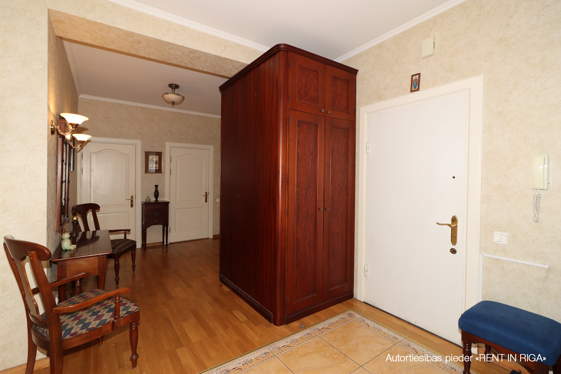 Pārdod dzīvokli, Mazā Nometņu iela 1 - Attēls 1
