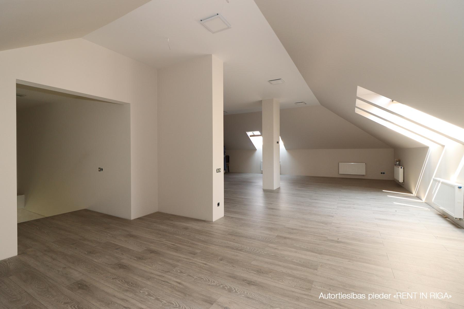 Pārdod māju, Senču sila iela - Attēls 1