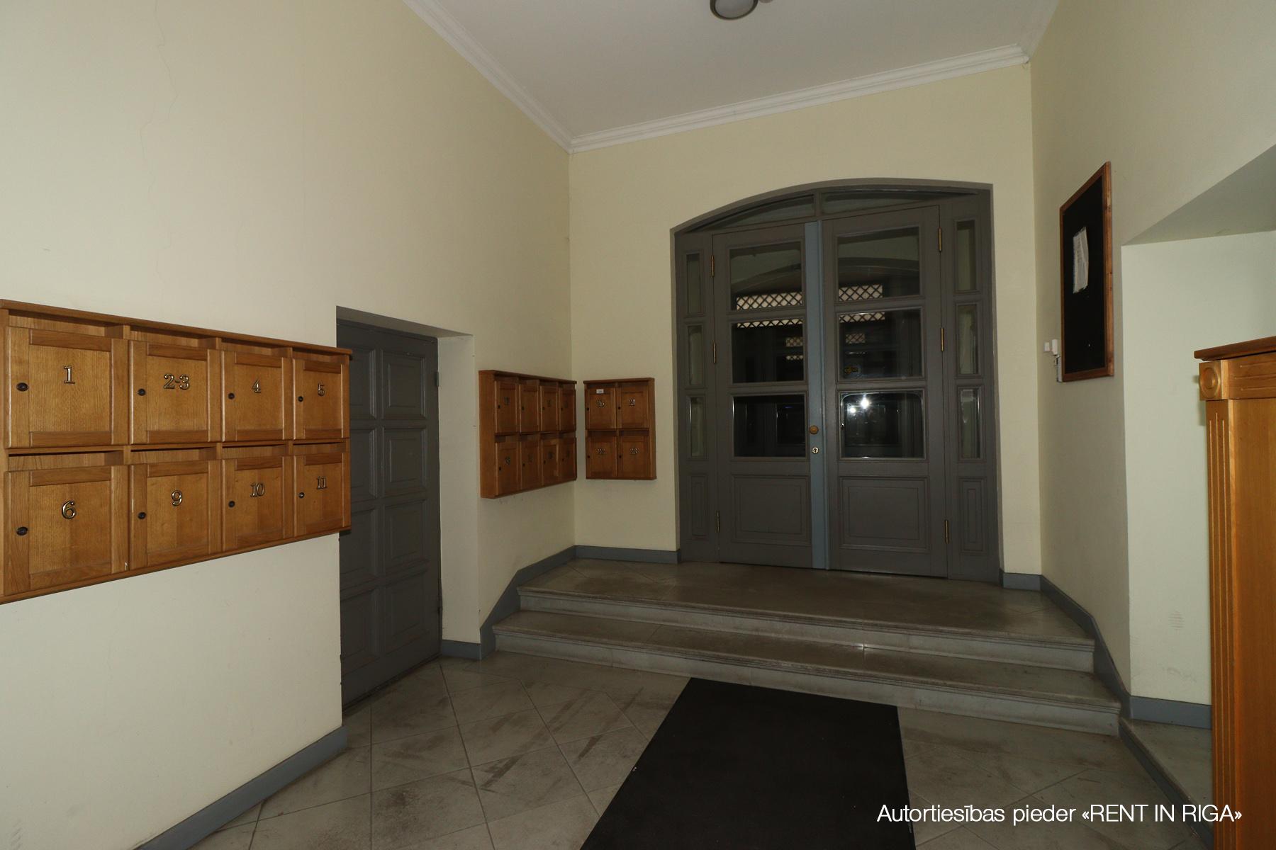 Izīrē dzīvokli, Palasta iela 9 - Attēls 1