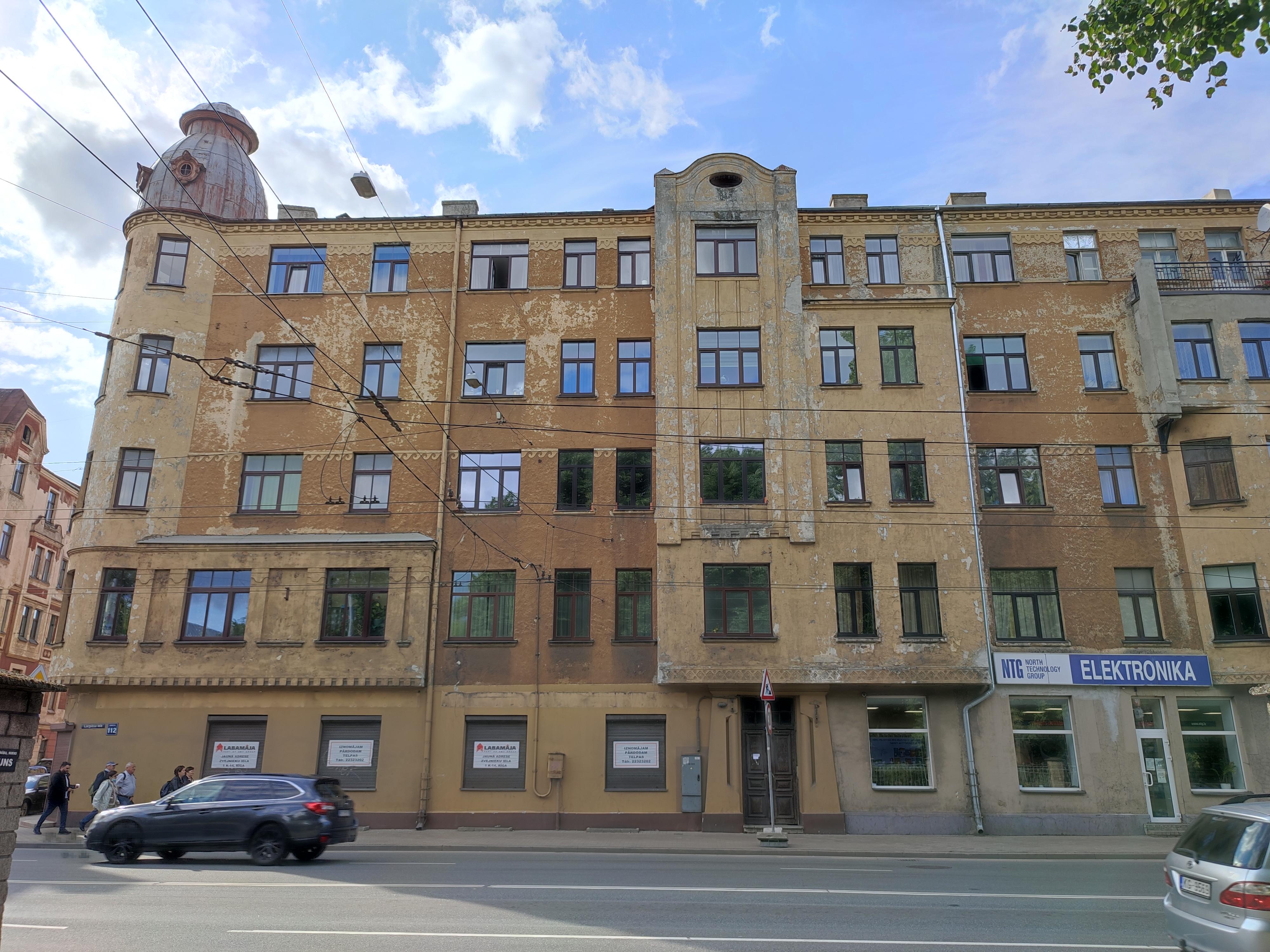 Pārdod dzīvokli, Lāčplēša iela iela 112 - Attēls 1