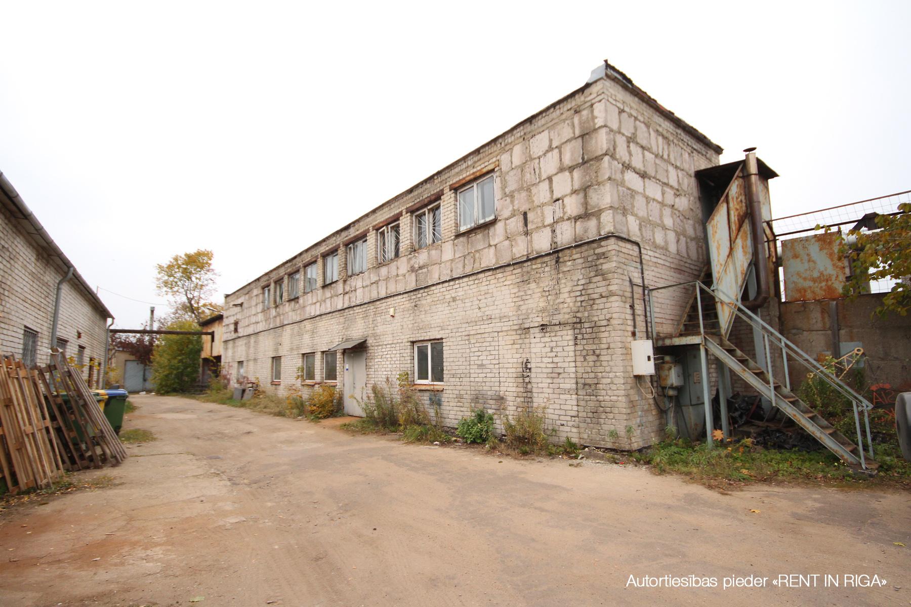 Pārdod ražošanas telpas, Kandavas iela - Attēls 1