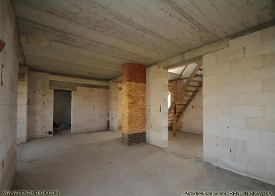 Pārdod māju, Pētera iela - Attēls 4