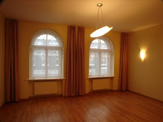 Сдают квартиру, улица Tērbatas 9 - Изображение 2
