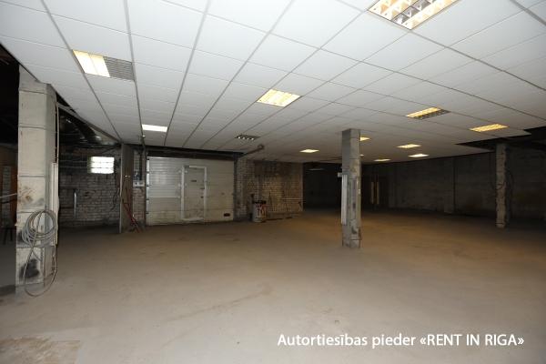 Iznomā ražošanas telpas, Strenču iela - Attēls 1