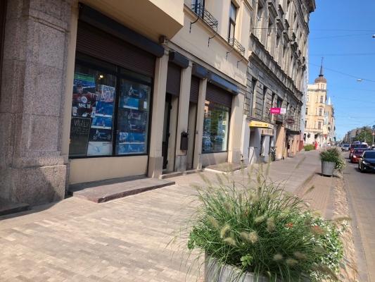 Iznomā tirdzniecības telpas, Barona iela - Attēls 2
