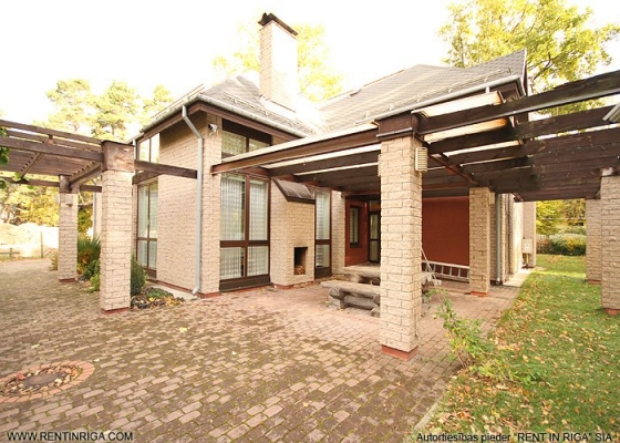 Pārdod māju, Pludmales iela - Attēls 1