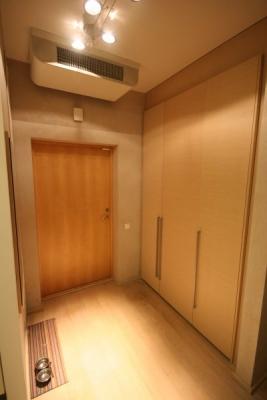 Apartment for rent, Republikas laukums street 3 - Image 8