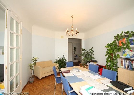 Office for rent, Barona street - Image 3