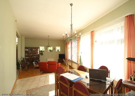 Pārdod māju, Stokholmas iela - Attēls 6