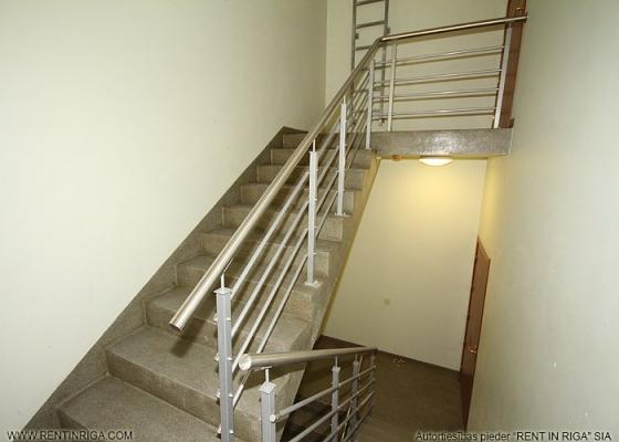 Izīrē dzīvokli, Kungu iela 25 - Attēls 1