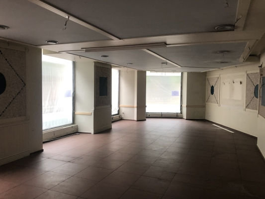 Iznomā tirdzniecības telpas, Antonijas iela - Attēls 2