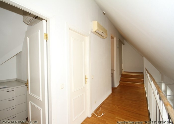 Izīrē dzīvokli, Stabu iela 19 - Attēls 10