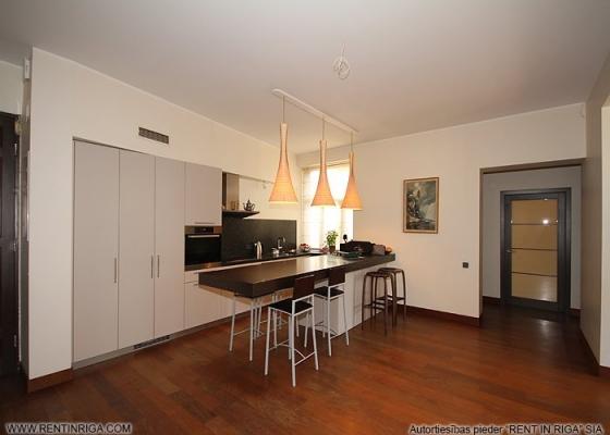 Pārdod dzīvokli, Kalnciema iela 32 - Attēls 1