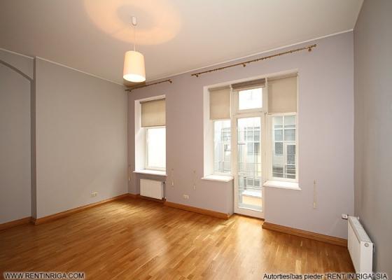 Izīrē dzīvokli, Kalpaka iela 7 - Attēls 9