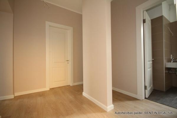Pārdod dzīvokli, Dzirnavu iela 6 - Attēls 1