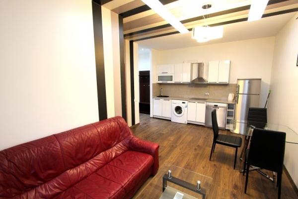 Izīrē dzīvokli, Čaka iela 33 - Attēls 2
