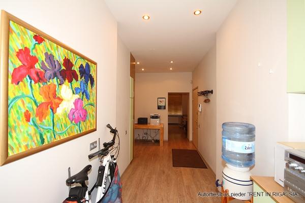 Pārdod dzīvokli, Čaka iela 49 - Attēls 5