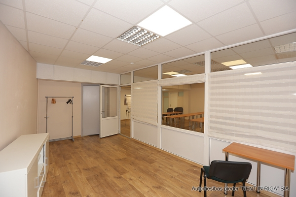 Office for rent, Skolas street - Image 3