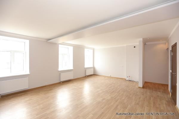 Pārdod dzīvokli, Maskavas iela 15 - Attēls 3