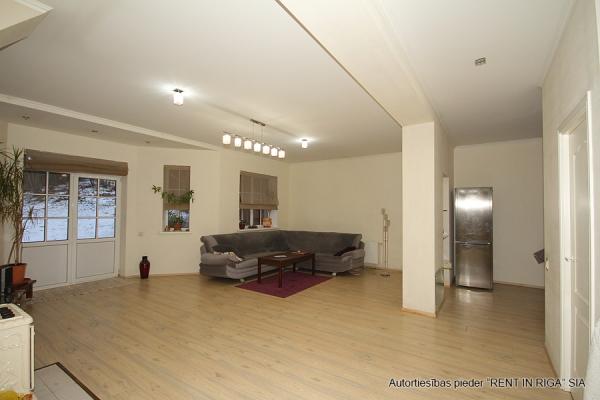 Pārdod māju, Misas iela - Attēls 6