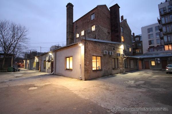 Pārdod namīpašumu, Jēkabpils iela - Attēls 2