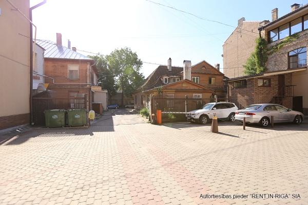 Pārdod namīpašumu, Jēzusbaznīcas iela - Attēls 3
