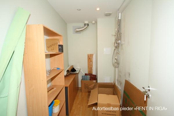 Pārdod dzīvokli, Katrīnas dambis iela 17 - Attēls 15