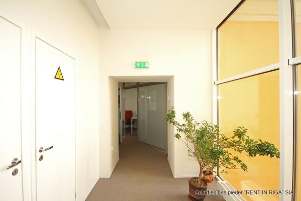Iznomā biroju, Citadeles iela - Attēls 8