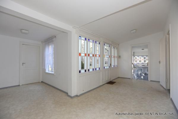 Izīrē māju, Bulduru prospekts iela - Attēls 17