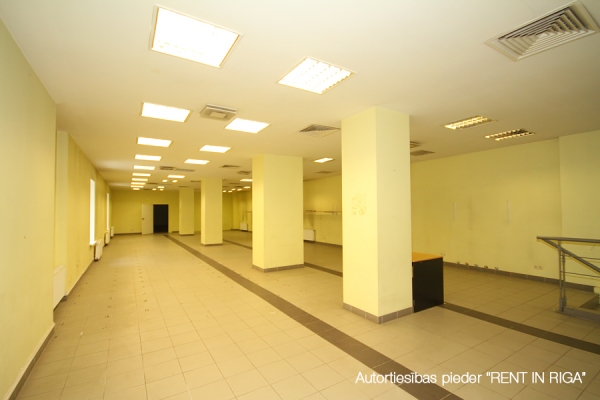 Iznomā biroju, Čaka iela - Attēls 2