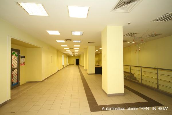 Iznomā biroju, Čaka iela - Attēls 3