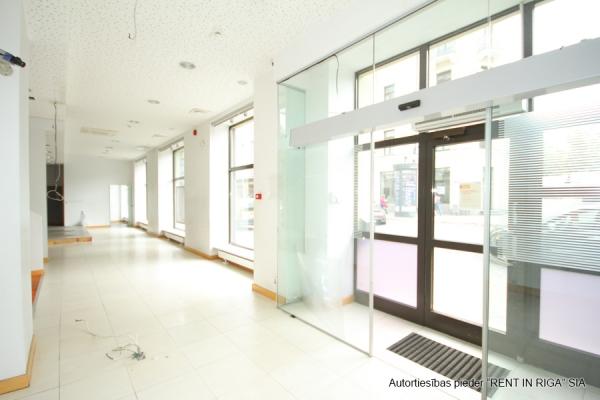 Iznomā tirdzniecības telpas, Strēlnieku iela - Attēls 10