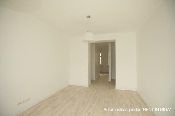 Pārdod dzīvokli, E.Birznieka Upīša iela 10A - Attēls 4
