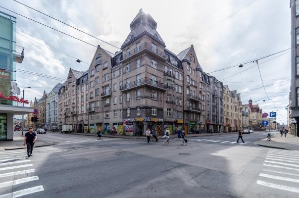 Pārdod dzīvokli, Aleksandra Čaka iela 70 - Attēls 1
