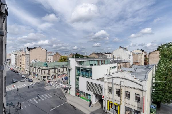 Pārdod dzīvokli, Aleksandra Čaka iela 70 - Attēls 2