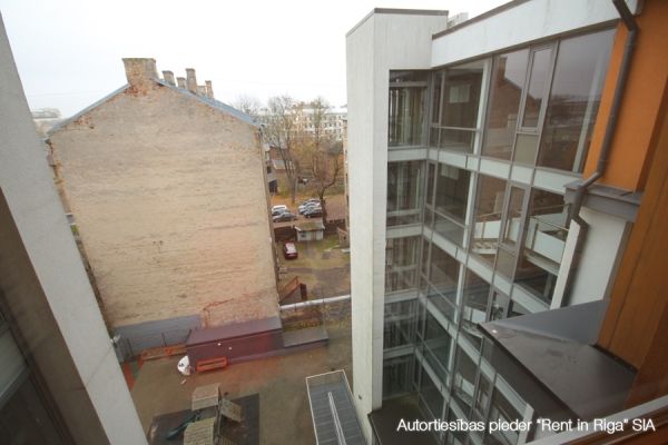 Izīrē dzīvokli, Alauksta iela iela 9 - Attēls 15