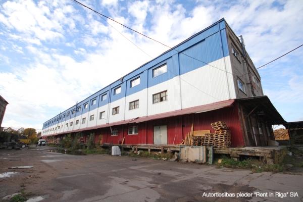 Iznomā ražošanas telpas, Ādažu iela - Attēls 1