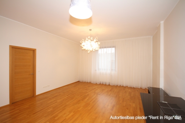Apartment for sale, Tallinas street 1 - Image 2