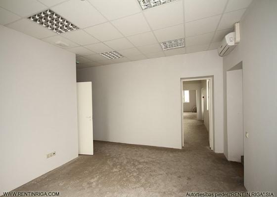 Warehouse for rent, Uriekstes street - Image 13