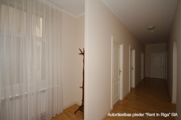 Izīrē dzīvokli, Kronvalda bulvāris iela 10 - Attēls 15