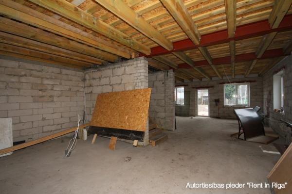 Pārdod māju, Ēnas iela - Attēls 10